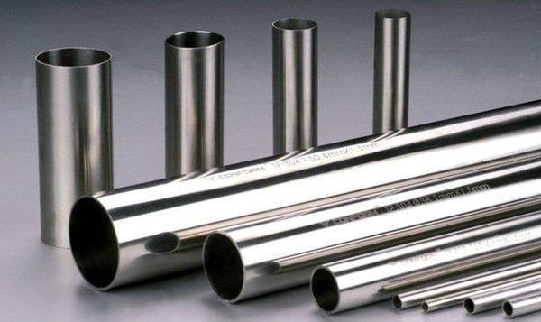 لوله های استیل (steel pipe)، از فولاد استنلس استیل (فولادهای زنگ نزن) تولید می شوند. و دارای قابلیت جوشکاری بسیار مناسبی هستند.